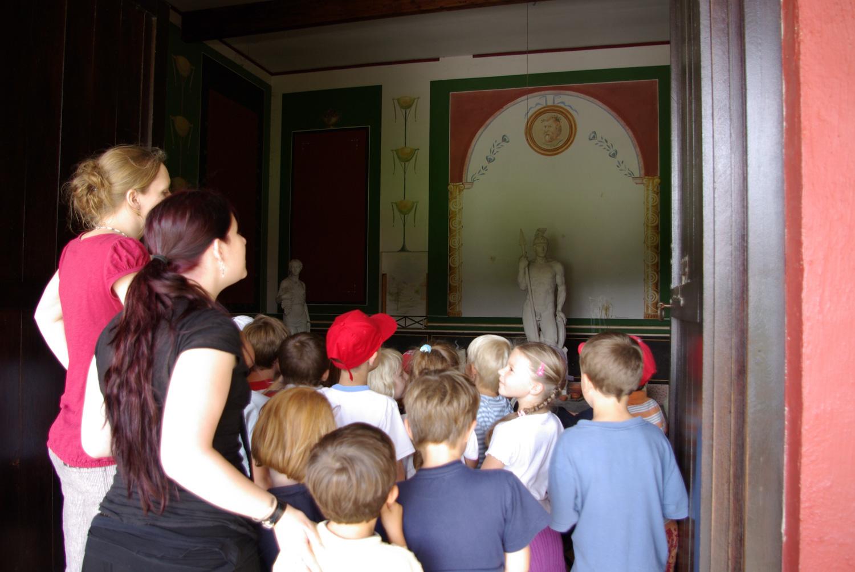 Visite scolaire temple gallo-romain
