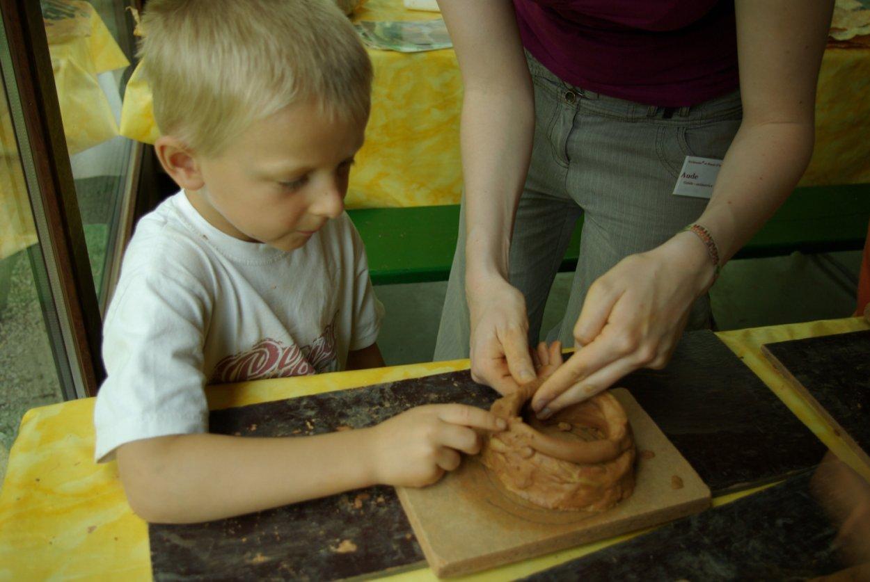 Atelier poterie enfant
