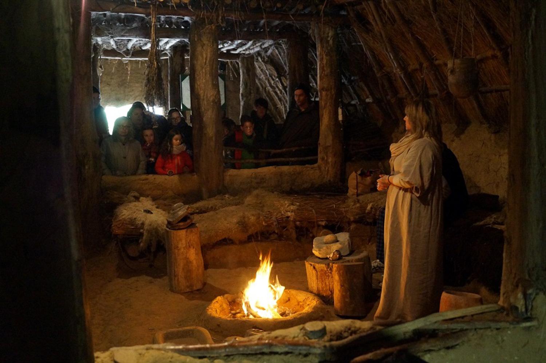 Visite scolaire maison Néolithique