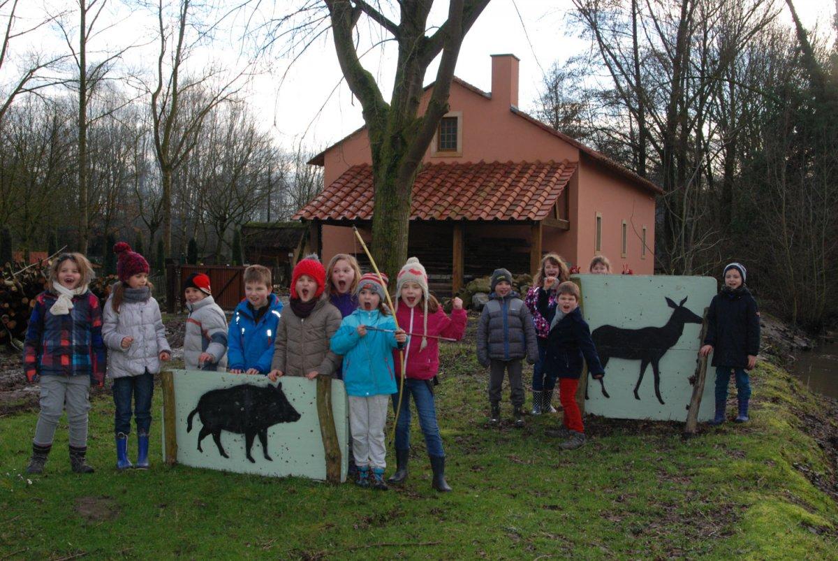 anniversaire mercredi archéosite Aubechies atelier chasse