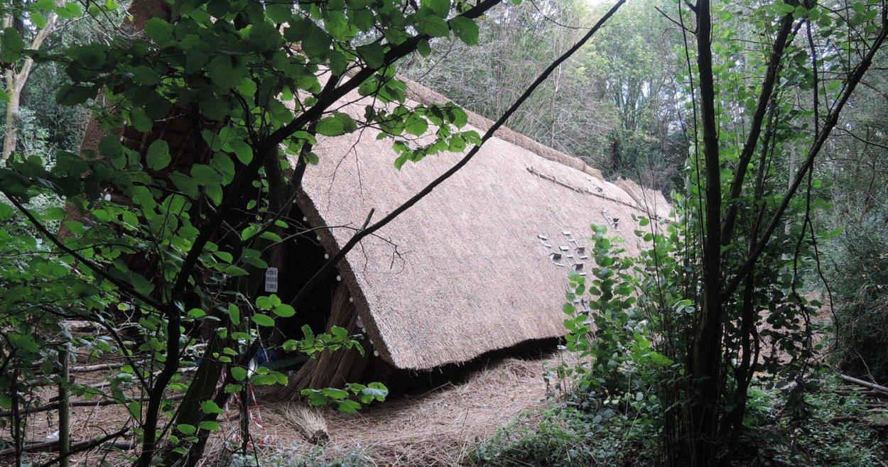 reconstitution ferme de blicquy néolithique plan large extérieur