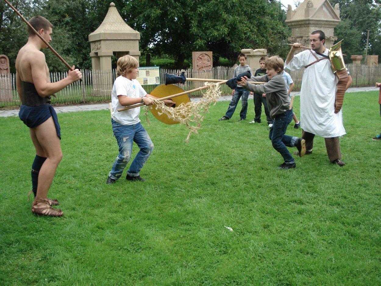 Stage enfant vacances gladiateur
